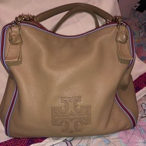 Tory Burch!!! Tan no dustbag!!!
